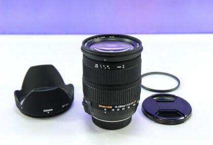 SIGMAのレンズ 18-200mm os の画像です